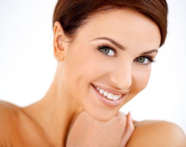 Women Lift and firmness facial